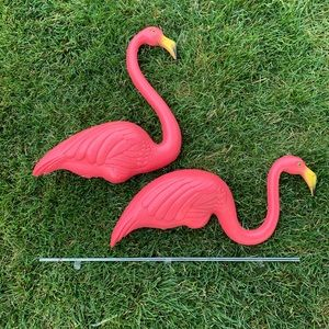 Featherstone Pink Flamingo 🦩 Lawn Ornaments